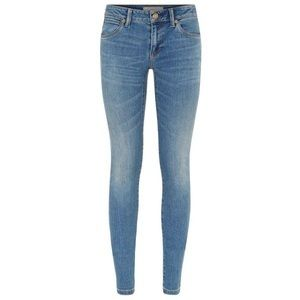 BURBERRY skinny low rise vintage wash jeans NWOT